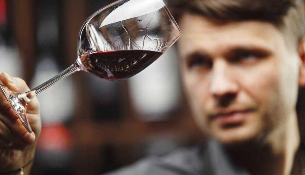 degustando-vinos-rueda